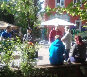 gemütlich im Garten beim Barcamp Urheberrecht