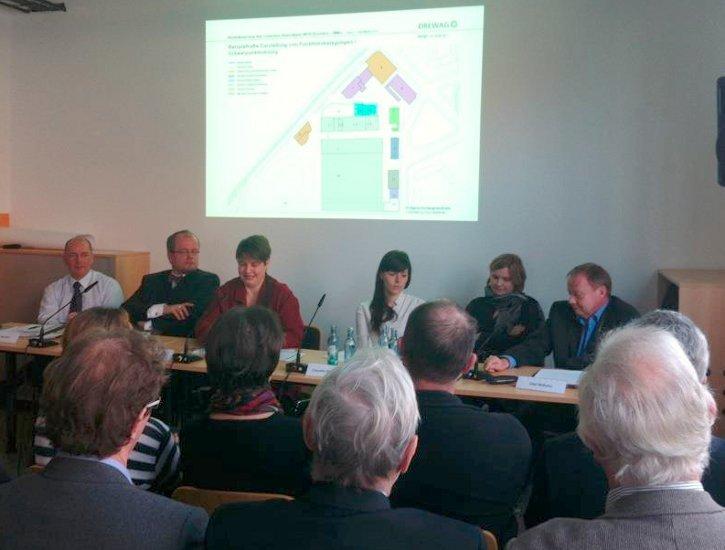 Podiumsdiskussion Theaterentwürfe und Gesamtstrategien (Foto: Torsten Schulze)